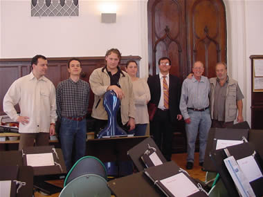 Photo after rehearsing – (L to R) Auer Quartet:  Gábor Sipos, violin; Csaba Gálfi, viola; Akos Takács, violoncello; Zsuzsanna Berentés violin; with David Zsolt Király (President, Kiraly  Music Network), recording producer in Hungary; Harold Schiffman; Mátyás Antal. Budapest, Hungary (1 October 2004)