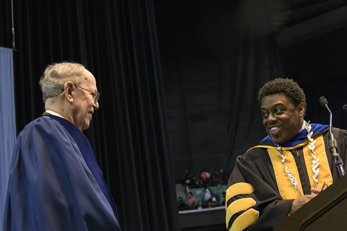 Photo of Harold Schiffman and Chancellor Franklin D. Gilliam Jr.